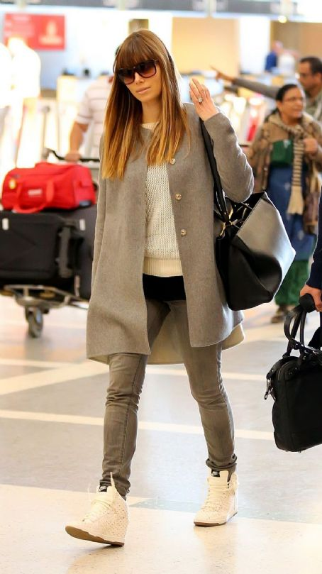 Jessica Biel: at LAX Airport