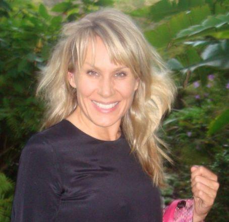 Clare Staples
