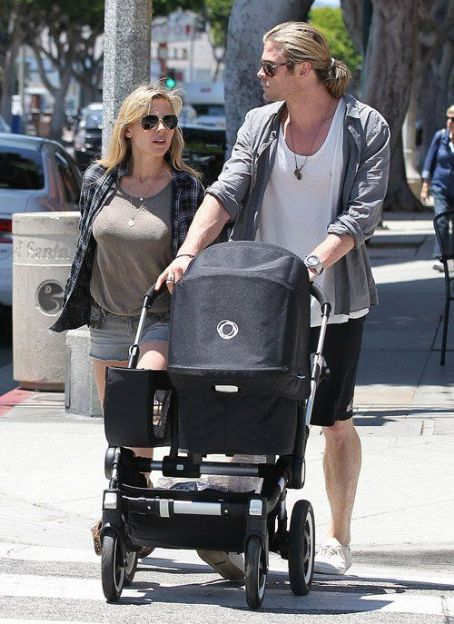 Chris Hemsworth walking with his wife Elsa Pataky and daughter India Rose in Santa Monica, California (July 16)