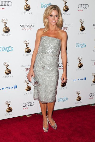 Julie Bowen: attends The Academy Of Television Arts & Sciences Performer Nominees' 64th Primetime Emmy Awards Reception at Spectra by Wolfgang Puck at the Pacific Design Center