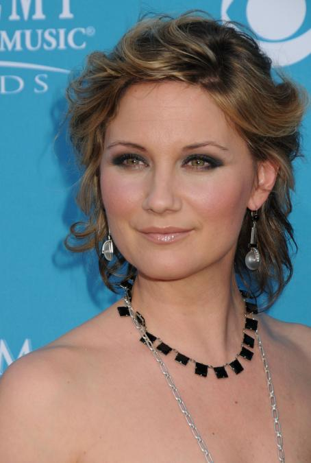 Jennifer Nettles - 45 Annual Academy Of Country Music Awards, 18 April 2010