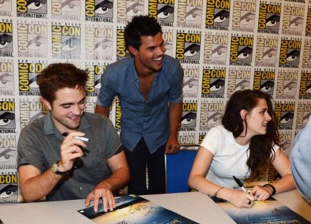 Robert Pattinson - The Twilight Saga: Breaking Dawn - Part 2 At San Diego Comic-Con 2012