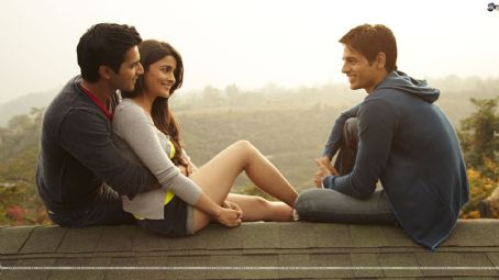 Siddharth Malhotra New Pictures from Student of the year 2012 movie