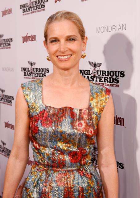 Bridget Fonda - Los Angeles Premiere 'Inglorious Basterds' At Grauman's Chinese Theatre On August 10, 2009 In Hollywood, California