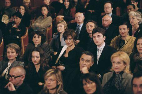 Avenue Montaigne  (2006)