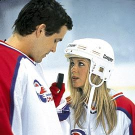 Ryan Reynolds Tara Reid on Ryan Reynolds As Van Wilder And Tara Reid As Gwen Pearson In Van