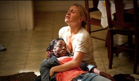Anna Paquin as Sookie Stackhouse and Rutina Wesley as Tara Thornton in True Blood (Fourth Season) (2011)