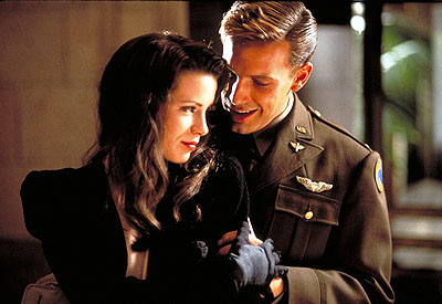 Capt. Rafe McCawley Kate Beckinsale and Ben Affleck in Touchstone Pictures' Pearl Harbor - 2001