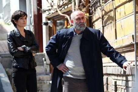 Turgut Tuncalp Merhamet (2013) / Episode 10
