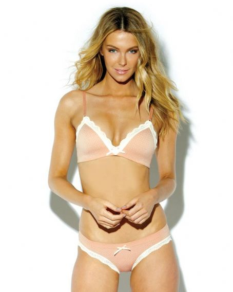 Jennifer Hawkins - Lovable