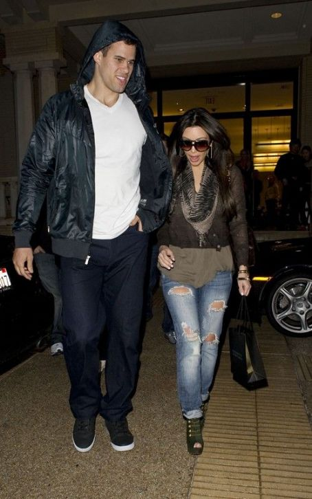 Kris Humphries At Barney's New York in Beverly Hills (February 19).