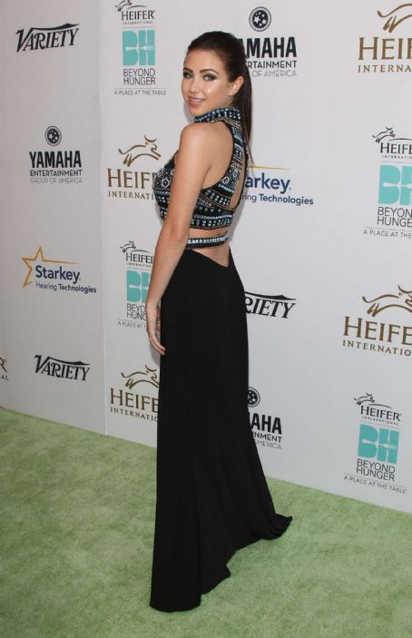 Ryan Newman  Beyond Hunger A Place At The Table Gala In Beverly Hills