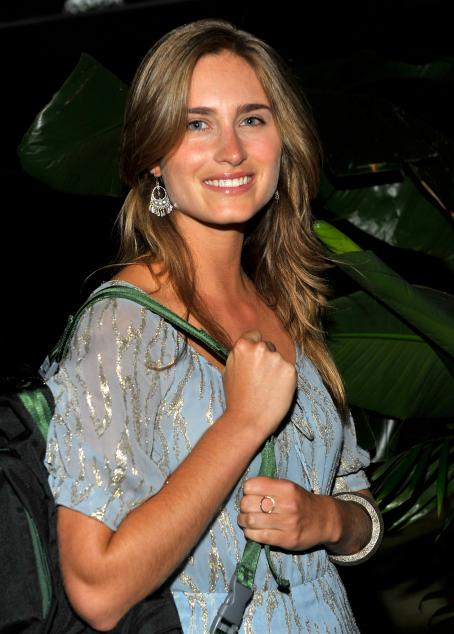 Lauren Bush - Kenneth Cole A'wear'ness And Feed Projects' Celebrate The Feed Health Backpack Event At The Living Home On August 26, 2009 In Santa Monica, California