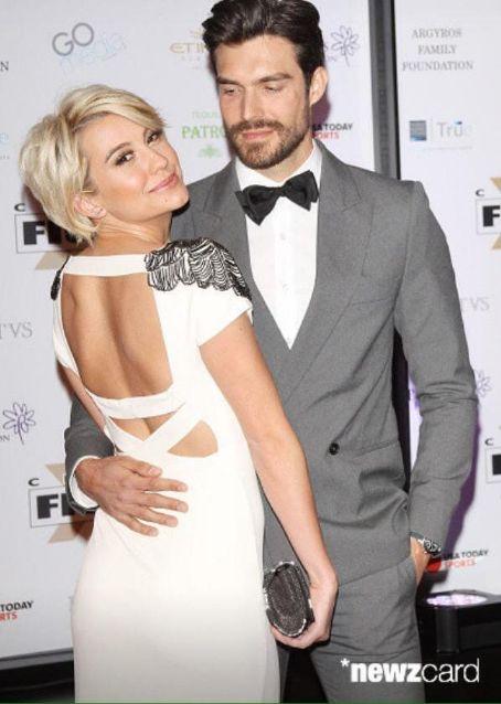 Proof Chelsea is NOT dating Joe Jonas - Chelsea Staub ...