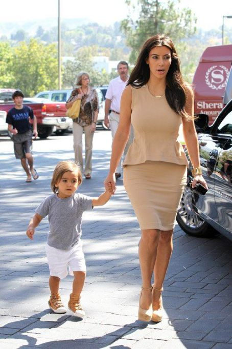Kim Kardashian and Mason Dash Disick going to church in Agoura Hills, CA (August 5)