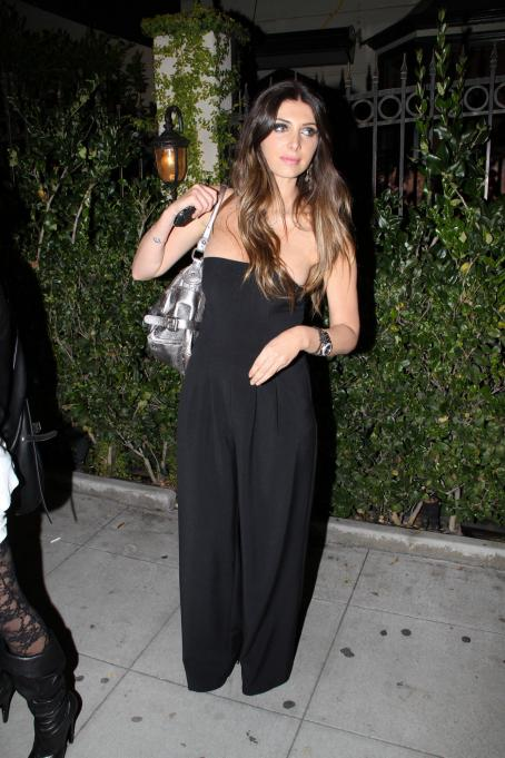 Brittny Gastineau - Leaving Crown Bar In LA, 13 February 2010