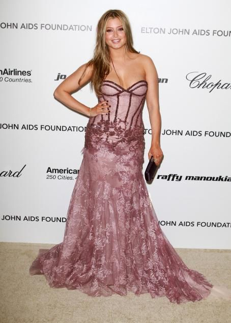 Holly Valance - 9 Annual Elton John AIDS Foundation Academy Awards Party 27/02/11
