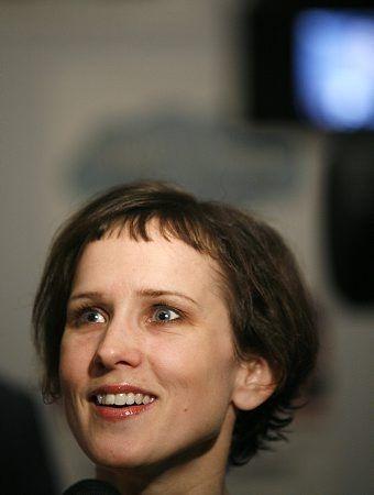 Jennifer Dundas