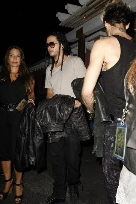 Tom and Bill Kaulitz leaving the Aerosmith concert afterparty at Pink Taco in LA (August 6)