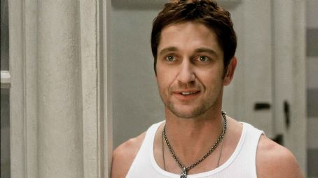 "P.S. I Love You GERARD BUTLER stars as Gerry in Alcon Entertainment's romantic comedy "","" distributed by Warner Bros. Pictures. The film also stars Hilary Swank. Photo courtesy of Warner Bros. Pictures. TM & © 2007 Warner Bros. Entertainm"