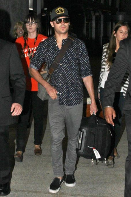 Zac Efron: arrived at the Pearson International Airport in Toronto