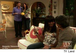 Fran and Judi Compete for Lou Diamond Phillips' Attention on 'Happily Divorced' (VIDEO)