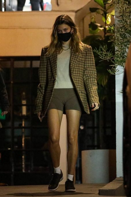 Hailey Baldwin – In shorts leaving a salon in Beverly Hills
