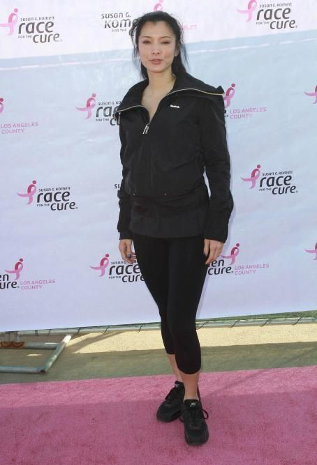 Kelly Hu - the 'Susan G Komen's 15 Annual County Race For The Cure' in LA, 06.03.2011