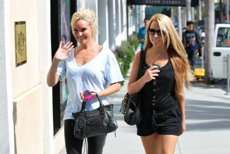 Bridget Marquardt and Jessica Hall on Rodeo Drive