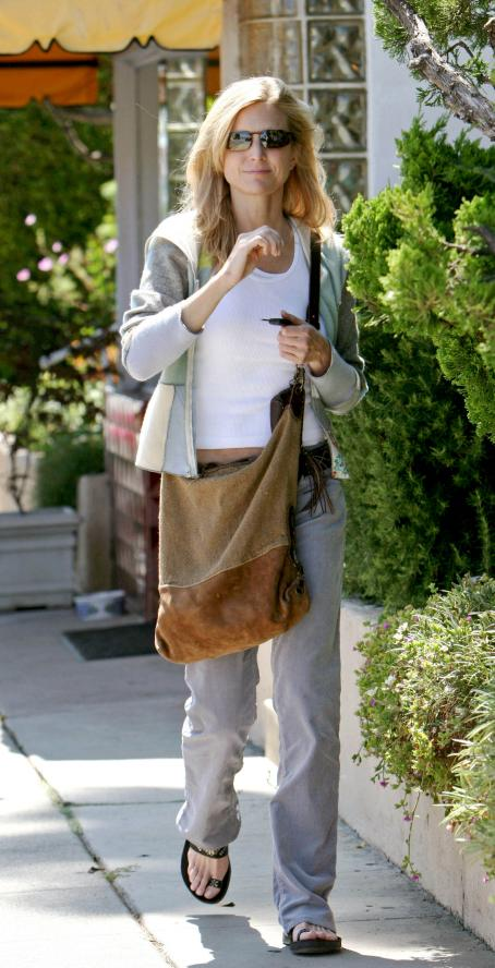 Courtney Thorne-Smith - Out And About In Los Angeles, August 19, 2008