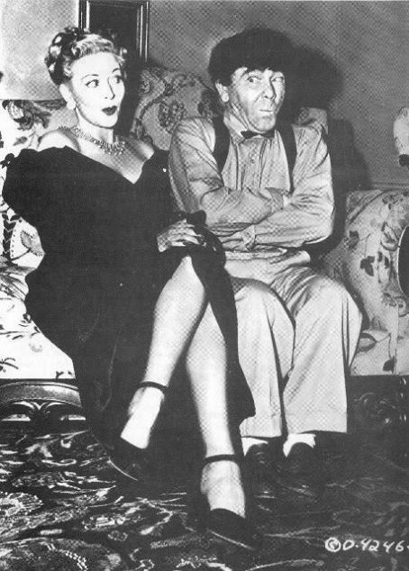 Christine McIntyre  (Great Legs!) & Moe Howard