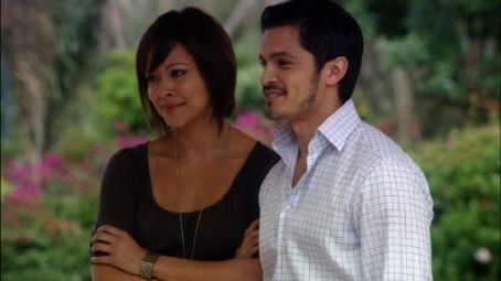 Nicholas Gonzalez Mental (2009)