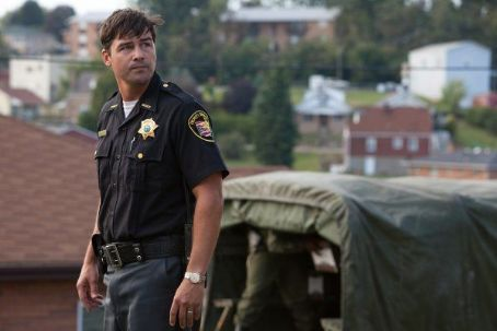 Kyle Chandler - Super 8