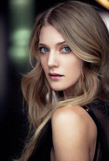 Winter Ave Zoli