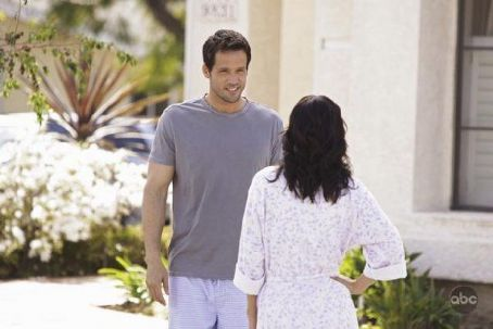 Josh Hopkins 2009 Fall TV Preview -