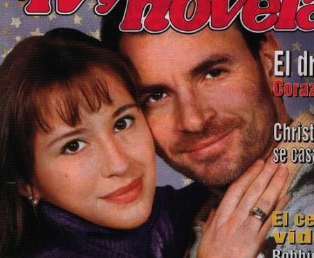 Sigrid Alegría Alvaro Rudolphy and Sigrid Alegria in TV y Novelas (2000)
