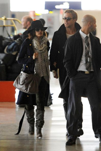 Ryan Gosling and Eva Mendes - Eva Mendes and Ryan Gosling At Charles DeGaulle Airport, Paris November 27, 2011
