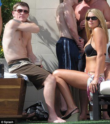 Jennifer Dooley - Ricky and Jennifer sunning in Las Vegas.