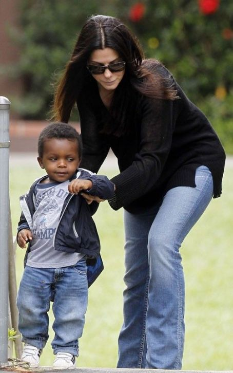 Sandra Bullock & Louis' School Day Fun