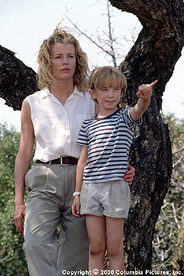 I Dreamed of Africa Having promised him to do something good and make a new start, Kuki (Kim Basinger) toils to make Kenya feel like home to her young son, Emanuele (Liam Aiken), in Columbia's I Dreamed Of Africa - 2000