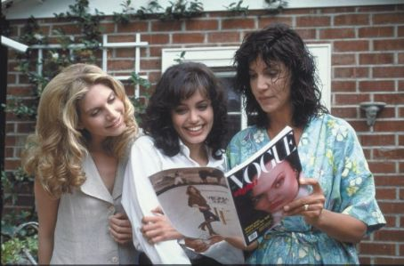 Elizabeth Mitchell and Angelina Jolie Gia, girlfriend Lisa and Gia's mother (played by Mercedes Ruehl) look at Gia's first Vogue cover.