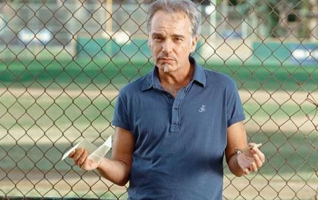 Morris Buttermaker Billy Bob Thornton plays Buttermaker in Richard Linklater's comedy/sport Bad News Bears - 2005