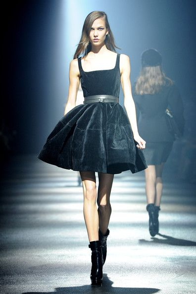 Karlie Kloss Walks the Runway for the Lanvin Ready-To-Wear Fall/Winter 2012 Show