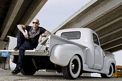 Ami James - Ami in car