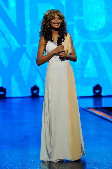 Selita Ebanks Hosts BET's Rip the Runway 2012