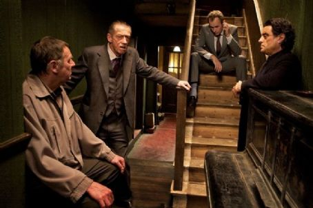 Tom Wilkinson, John Hurt, Stephen Dillane and Ian McShane in Image Entertainment '44 Inch Chest'