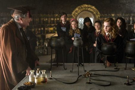 Matthew Lewis (L-r) JIM BROADBENT as Professor Horace Slughorn, MATTHEW LEWIS as Neville Longbottom, JESSIE CAVE as Lavender Brown, EMMA WATSON as Hermione Granger and ANNA SHAFFER as Romilda Vane in Warner Bros. Pictures' fantasy adventure 'Harry Potter and th