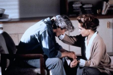Richard Gere and Lena Olin in Mr.Jones (1993)