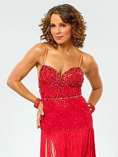 Jennifer Grey to Undergo Surgery Due to Dancing Injury