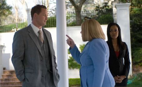 William (Cole Hauser), Charlotte (Kathy Bates) and Abby (Robin Givens) in TYLER PERRY'S THE FAMILY THAT PREYS. Photo credit: Alfeo Dixon